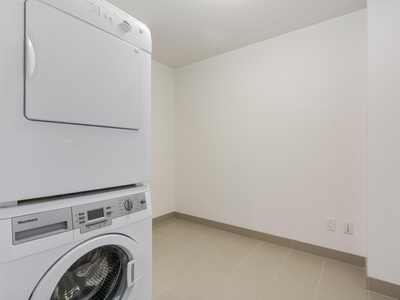 Downtown VW Condo for sale:  2 bedroom 935 sq.ft. (Listed 2018-02-01)