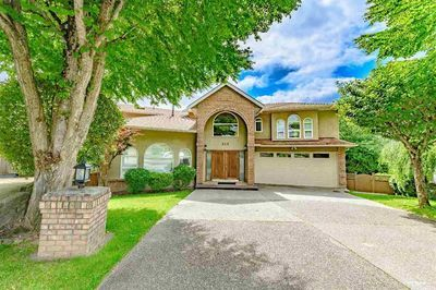 Coquitlam East House/Single Family for sale:  6 bedroom 4,494 sq.ft. (Listed 2020-07-04)