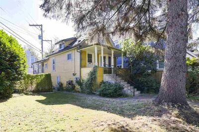 Victoria VE House/Single Family for sale:  3 bedroom 2,145 sq.ft. (Listed 2020-10-06)