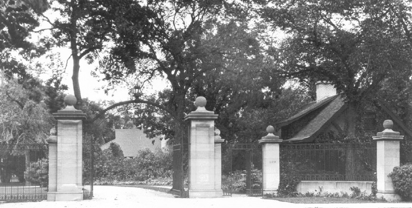 Nanton Estate Gates