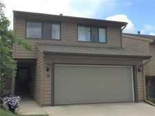 Coach Hill Townhouse for sale:  4 bedroom  Granite Countertop, Tile Backsplash, Laminate Floors 2,125 sq.ft. (Listed 2019-07-09)