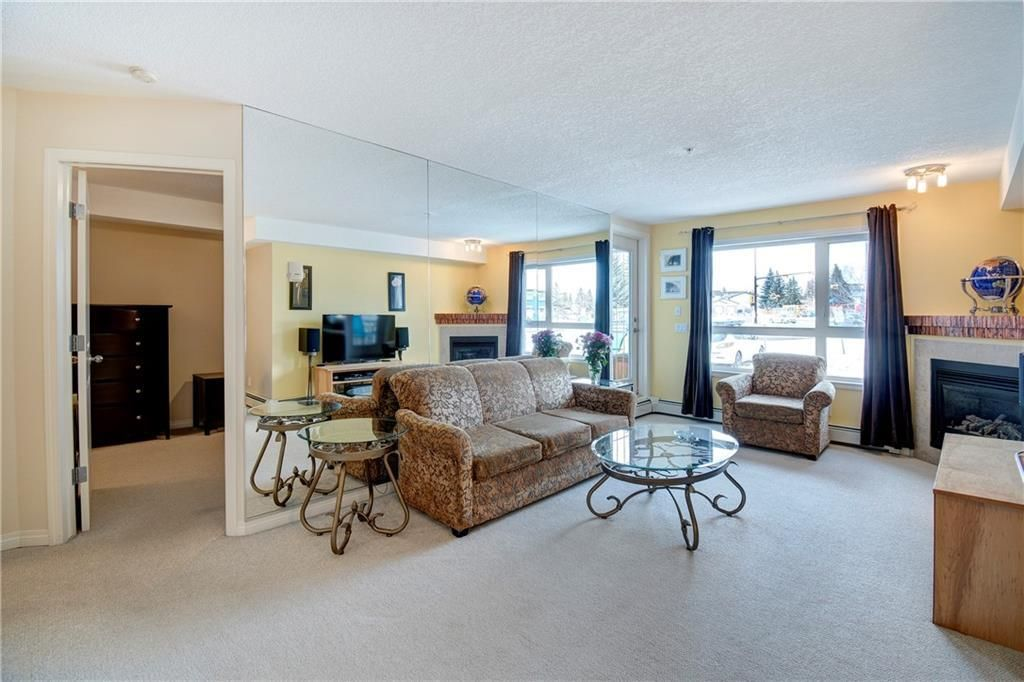 Beddington Heights Apartment for sale:  1 bedroom 676 sq.ft. (Listed 2020-09-01)