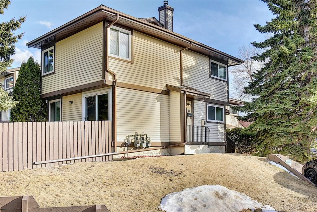 Beddington Heights Row/Townhouse for sale:  3 bedroom 976.60 sq.ft. (Listed 2021-03-09)