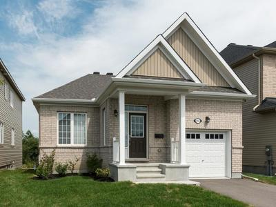 Kemptville Detached for sale:  2 bedroom  (Listed 2018-08-06)