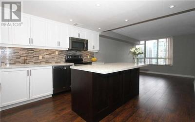 North York Condo for sale:  2 bedroom  (Listed 2017-04-20)