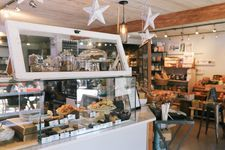 North Vancouver Cafe and Grocery for sale: (Listed 2020-08-01)