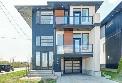 Ottawa West/Tunneys Pasture House for sale:  4 bedroom  Stainless Steel Appliances, Tile Backsplash, Rain Shower, Glass Shower, Hardwood Floors 3,954 sq.ft. (Listed 2021-05-05)
