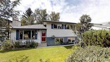 Cochrane Heights House for sale:  3 bedroom 1,104 sq.ft. (Listed 2019-08-01)