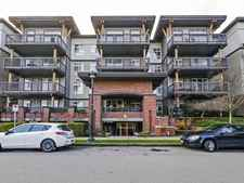McLennan North Condo for sale:  3 bedroom 1,193 sq.ft. (Listed 2020-02-18)
