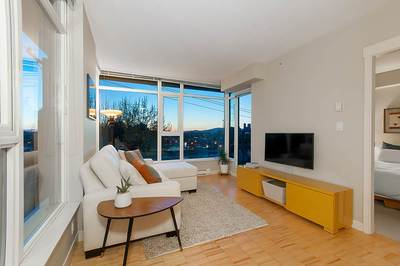Mount Pleasant VW Condo for sale:  2 bedroom 800 sq.ft. (Listed 2018-04-25)
