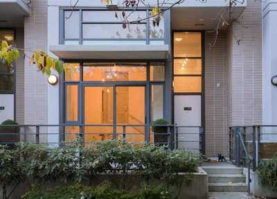 Mount Pleasant VE Townhouse for sale:  2 bedroom 1,094 sq.ft. (Listed 2019-01-17)