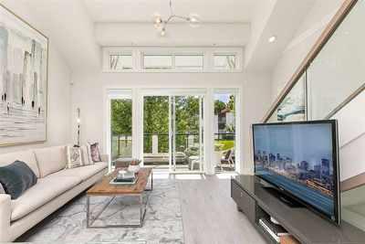 Collingwood VE Townhouse for sale:  3 bedroom 1,132 sq.ft. (Listed 2019-10-11)