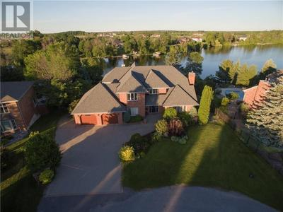 Manotick House for sale:  6 bedroom  (Listed 2020-01-06)