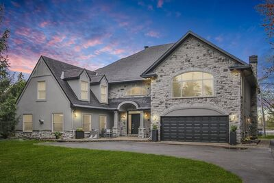 Manotick Waterfront House for sale:  5 bedroom  (Listed 2021-05-12)