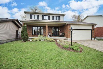 Barrhaven House for sale:  4 bedroom  (Listed 2021-05-26)
