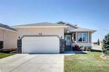High River Golf Course House for sale:  3 bedroom 1,493 sq.ft. (Listed 2018-11-29)