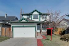 High River Golf Course House for sale:  3 bedroom 1,669 sq.ft. (Listed 2019-04-20)