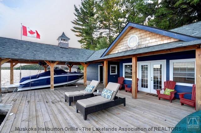 Lake of Bays Boathouse - www.thefinchams.ca