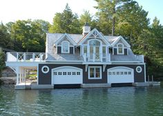 Muskoka cottage with boathouse