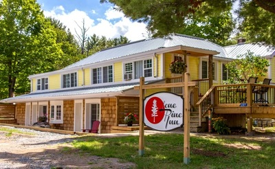 Gravenhurst Muskoka Multi Family - Commercial for sale: 12 bedrooms, over 3,000 sq.ft. living area