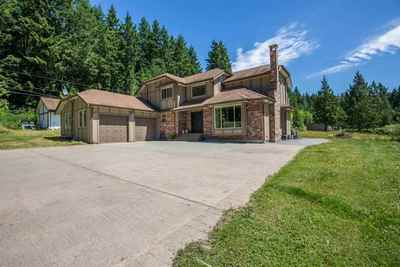 Roberts Creek House for sale:  4 bedroom 2,368 sq.ft. (Listed 2017-06-28)