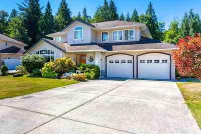 Gibsons & Area House for sale:  4 bedroom  Stainless Steel Appliances, Marble Countertop, Tile Backsplash, Hardwood Floors 2,016 sq.ft. (Listed 2017-07-01)