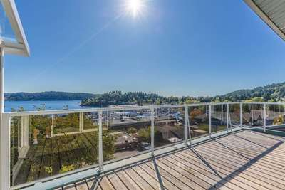 Gibsons & Area Condo for sale:  2 bedroom 1,684 sq.ft. (Listed 2017-10-02)