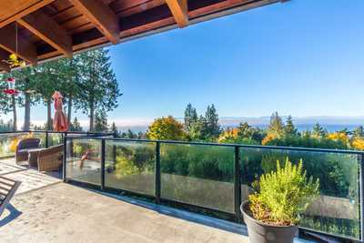 Gibsons & Area House for sale:  3 bedroom 2,407 sq.ft. (Listed 2018-03-21)