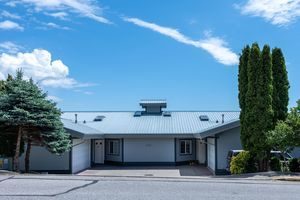 Gibsons & Area Apartment/Condo for sale:  2 bedroom 1,733 sq.ft. (Listed 2020-06-05)