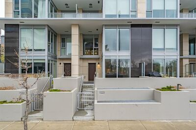 Downtown West End Condo for sale: 2 bedroom 1,163 sq.ft.