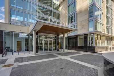 Downtown West End Apartment for sale: 2 bedroom 900 sq.ft.