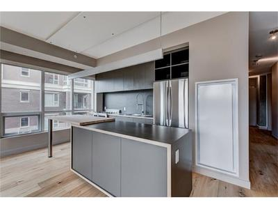 Inglewood Condo for sale: 2 bedroom 982 sq.ft.