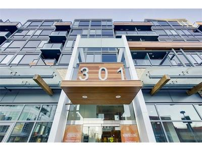 Sunnyside Condo for sale:  1 bedroom 600 sq.ft. (Listed 2018-02-08)