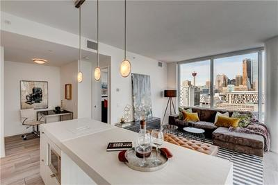 Downtown East Village Condo for sale: 2 bedroom 838 sq.ft.