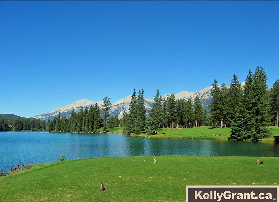 Kelly-Grant-Alberta golf club image 4