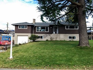 Parkcrest House/Single Family for sale:  6 bedroom 2,874 sq.ft. (Listed 2015-02-16)