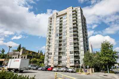 Brighouse South Condo for sale:  2 bedroom 909 sq.ft. (Listed 2018-11-19)