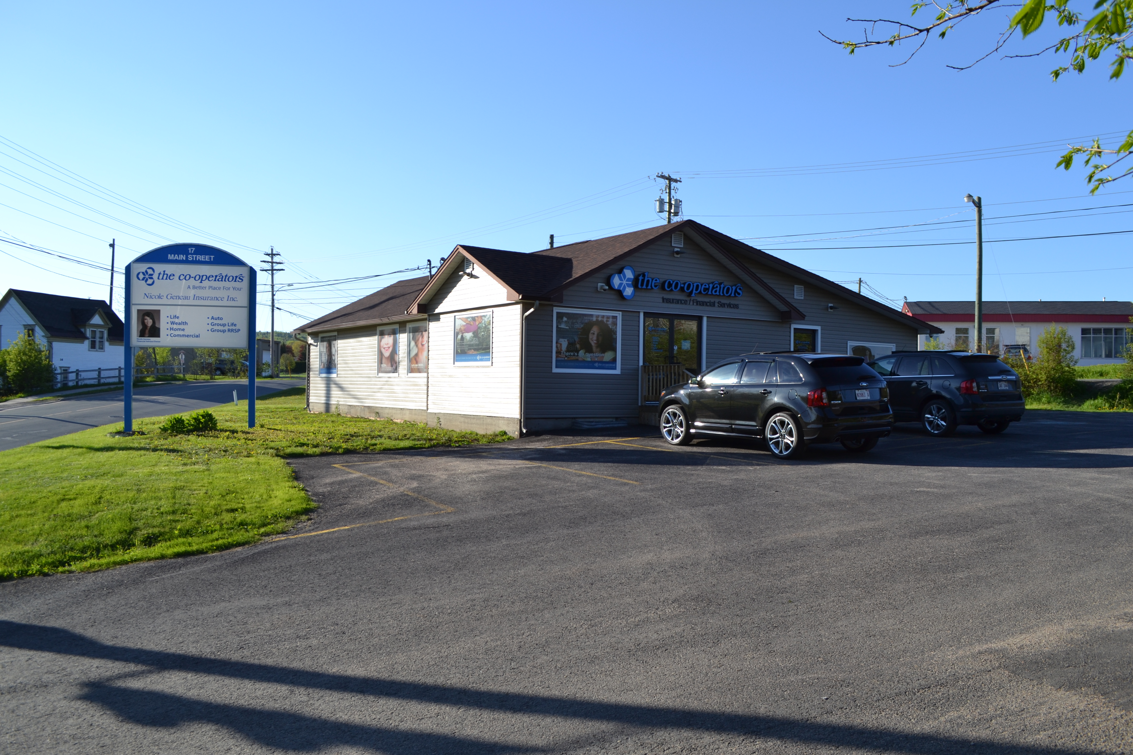 Fredericton Office/Retail Space for sale:   2,374 sq.ft. (Listed 2014-06-02)