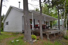 Oromocto Lake House for sale:  2 bedroom  (Listed 2017-03-27)
