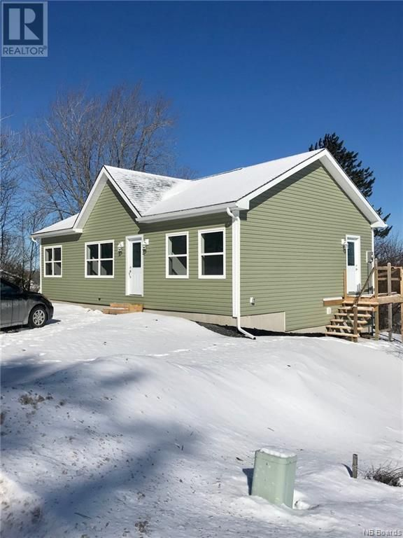 Oromocto House for sale:  3 bedroom  (Listed 2021-03-13)