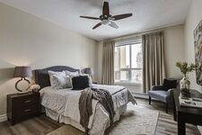 Tuscany Apartment for sale:  2 bedroom 1,349 sq.ft. (Listed 2021-04-24)