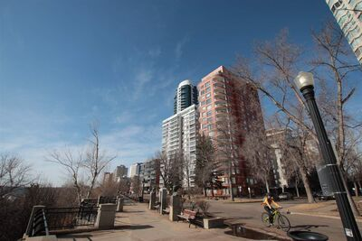 Oliver Apartment High Rise for sale:  3 bedroom 2,050.54 sq.ft. (Listed 2021-03-26)
