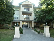 Salmon Arm Apartment for sale: MacIntosh Grove 2 bedroom 1,292 sq.ft. (Listed 2019-08-09)