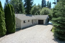 Shuswap Lake Estates Rancher with walkout basement  for sale:  5 bedroom 2,400 sq.ft. (Listed 2017-07-10)