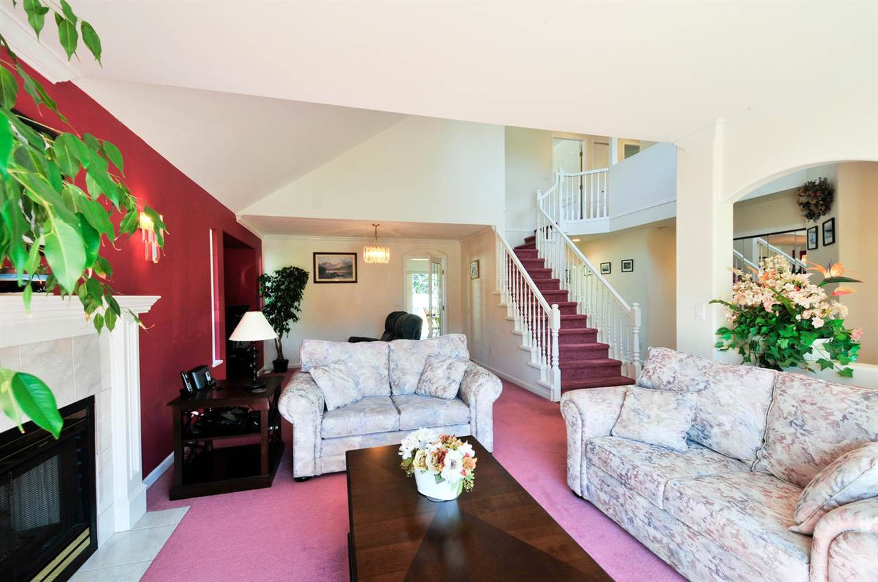 King George Corridor House for sale:  4 bedroom 3,449 sq.ft. (Listed 2016-09-15)