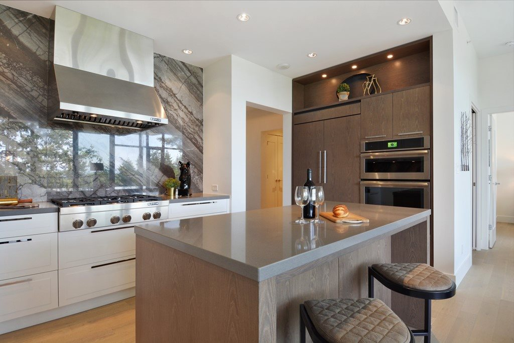White Rock Condo for sale:  2 bedroom 1,288 sq.ft. (Listed 2018-06-03)