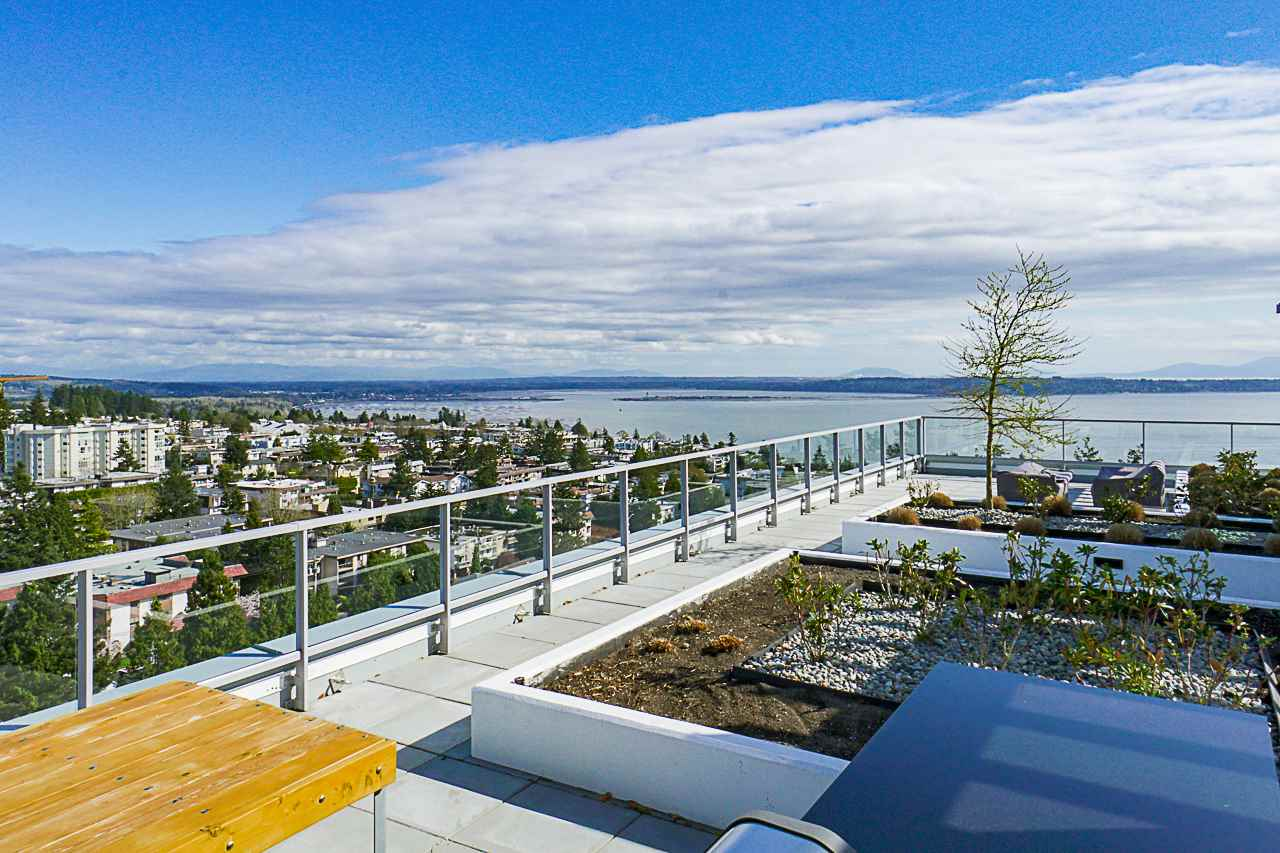 White Rock Condo for sale:  2 bedroom 1,289 sq.ft. (Listed 2019-04-24)