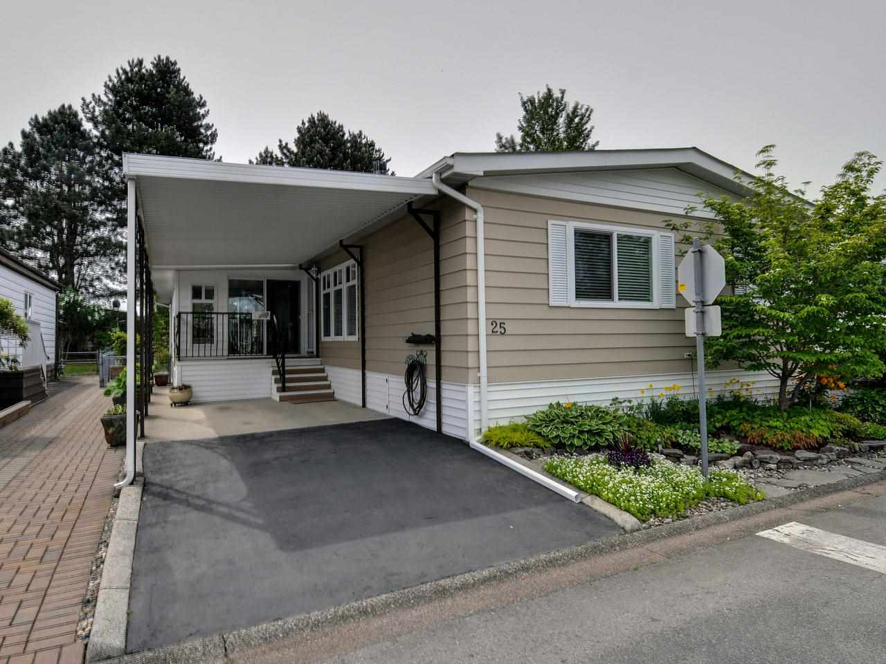 King George Corridor Manufactured home for sale:  3 bedroom 1,520 sq.ft. (Listed 2019-05-29)