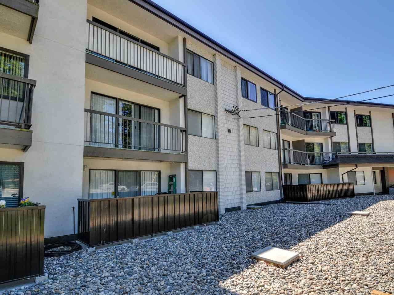White Rock Condo for sale:  2 bedroom 769 sq.ft. (Listed 2019-05-28)