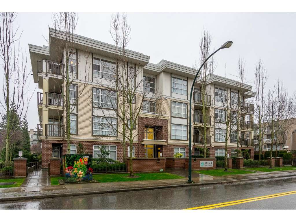 Sunnyside Park Surrey Condo for sale:  1 bedroom 751 sq.ft. (Listed 2020-02-14)